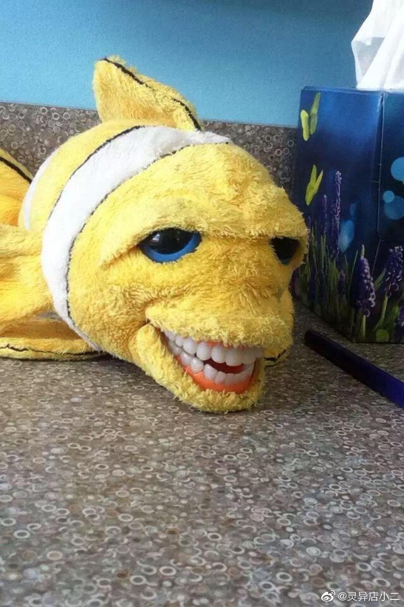 一组诊所里的奇葩假牙玩偶,莫名的可爱又有点惊悚可怕!
