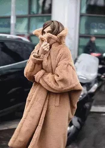 在亲戚朋友面前撑场面!就靠这一件外套了