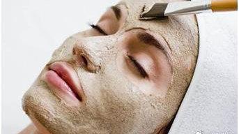 还在被脸色蜡黄肤色不均折磨吗?这些肌肤问题把你摧残得像老了十几岁