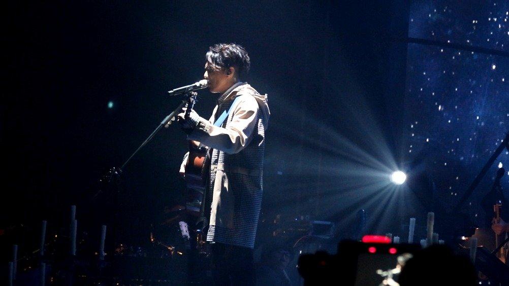 周国贤《一个人回家(卢凯彤)+在天之灵》仲间 MOOV Live今次Live