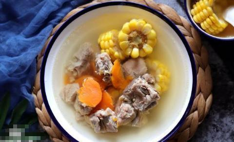 入秋后,多煲这汤给家人喝,鲜甜清香,滋补养身,老少都适宜