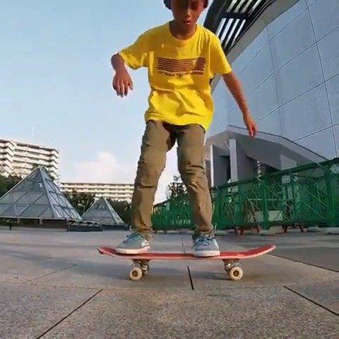 日本自由式小滑手 川崎彰人。
