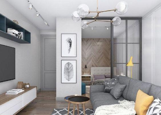 房子小卧室不够用,找客厅借点空间,用玻璃一隔立马成2