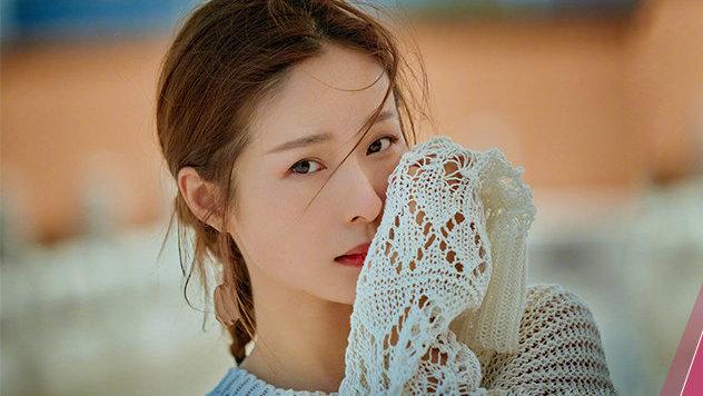 内涵刘亦菲,插足邓超:她为什么还总是被男人偏爱?