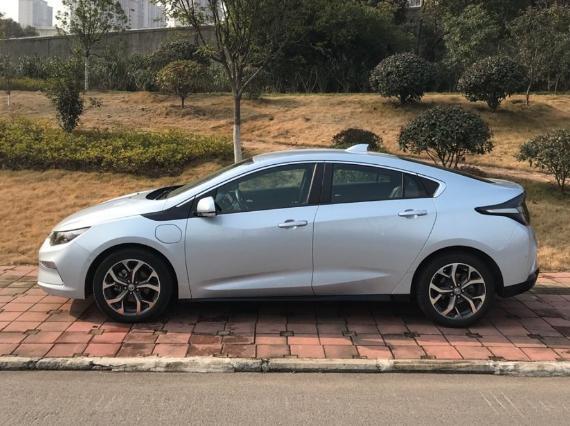 别克这款紧凑型车补贴后落地不到20万,百公里平均油耗2.1L