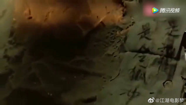 李连杰被抓!牢狱之灾靠老鼠传递消息李连杰经典动作电影!