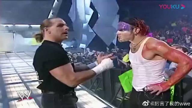 双拳难敌四手,心碎小子遭克里斯蒂安和杰里科围殴