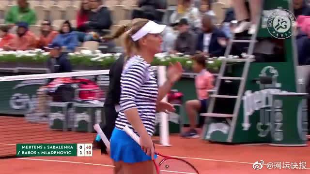 法网-梅拉巴博斯组合晋级决赛,将与郑赛赛段莹莹争冠。