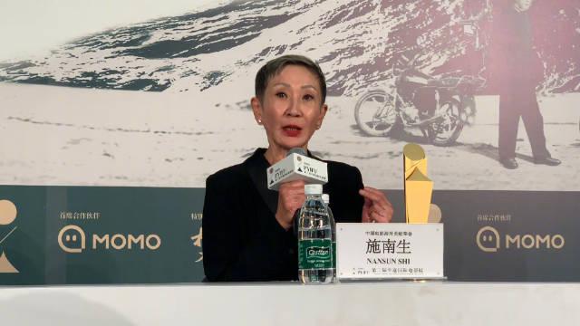 得奖者群访,施南生被问到怎么看香港电影的现状