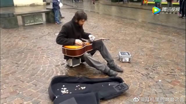 高手都在民间啊!这吉他秀的真给力!