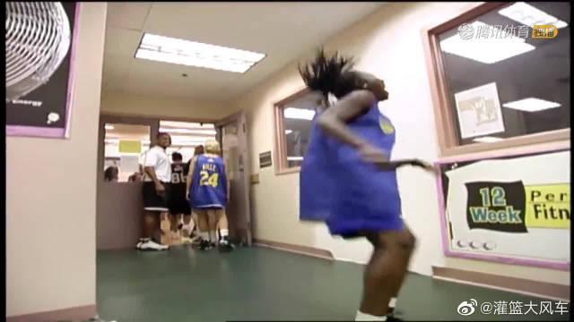 科比1998年上综艺!和米勒组队2vs5打爆对手