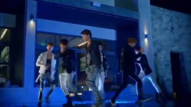 EXO客串《致美丽的你》,还是第一次看EXO在夜场party上跳《MAMA》