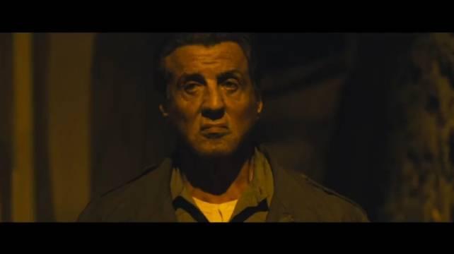 72岁西尔维斯特·史泰龙回归主演的枪战动作片《第一滴血5