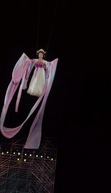 李玉刚十年经典演唱会在歌迷的不舍中落幕