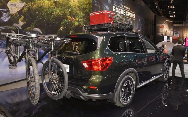 """别总盯着汉兰达!日产全新""""SUV""""亮相,黑色涂装配V6引擎+四驱"""