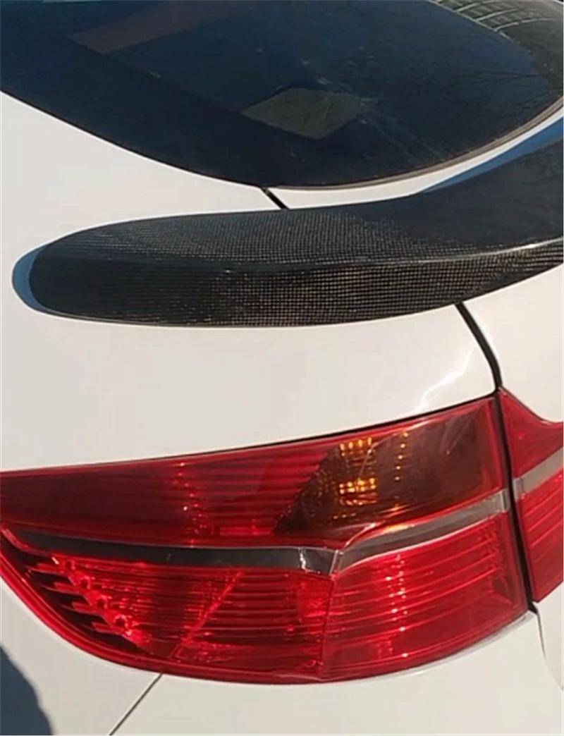 宝马X6M现停车场,性能堪比超跑,还配4出排气,国内稀有!