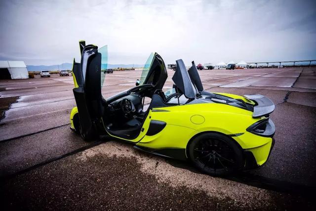 全球首试迈凯伦600LT Spider 享受源自赛道的极致性能