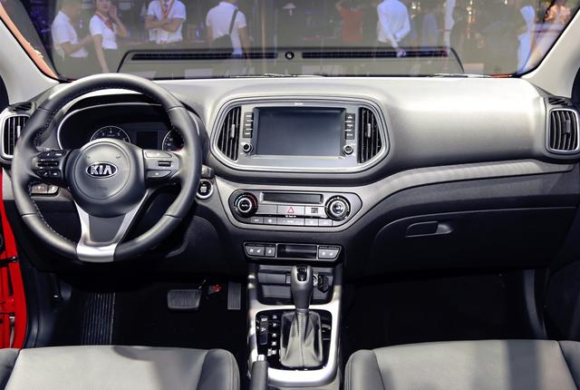 """韩系也爆发!全新小型""""SUV""""亮相,1.6L配4个排气筒,10万起售"""