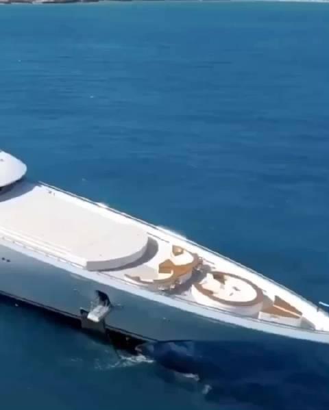 250英尺的超级游艇~船舶制造业的高端工业产品~