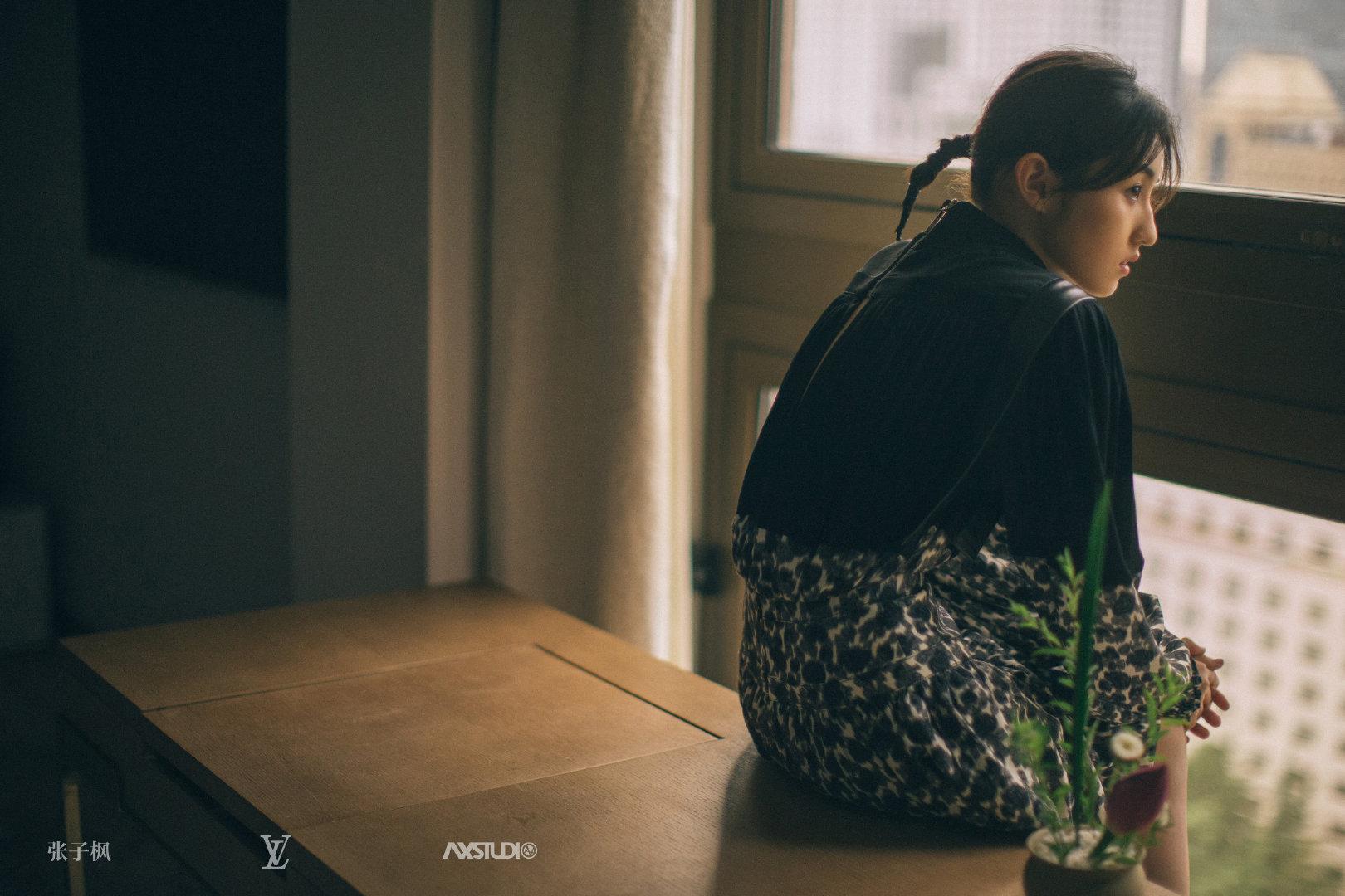 张子枫Louis Vuitton 摄影人: @刘健安AN