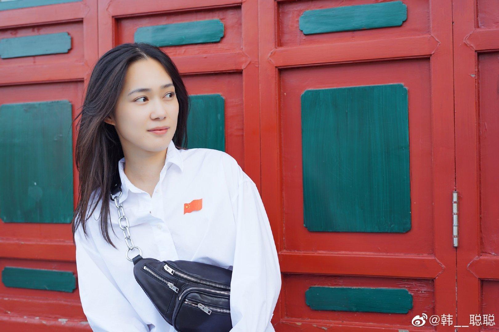学校:上海体育学院 专业:电影专业 研究生 星座:巨蟹座
