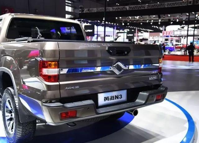 三天卖出7000余辆!这款国产皮卡车长5.5米,搭载2.5T柴油机