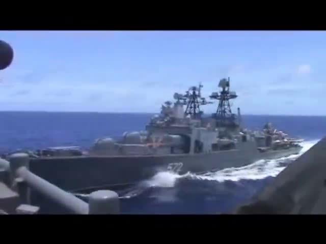 美俄军舰差点相撞2