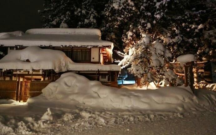 日本最美村庄世界文化遗产之一白川乡合掌村梦幻雪景