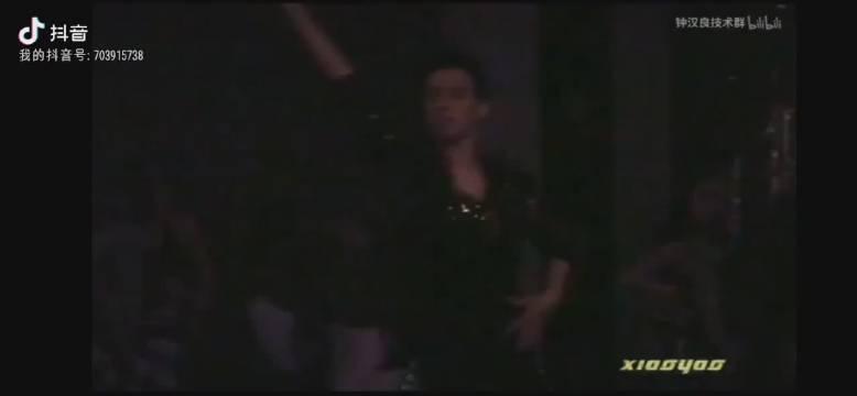 听到这个bgm的时候就觉得特别适合这个舞@钟汉良原视频来源技术群