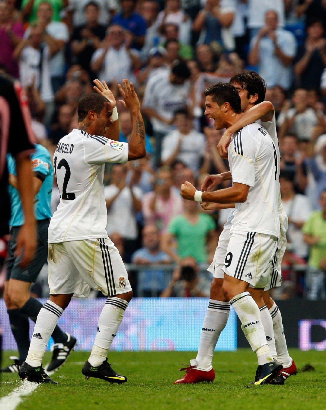 2009年8月29日,西甲联赛第1轮:皇家马德里3-2拉科鲁尼亚