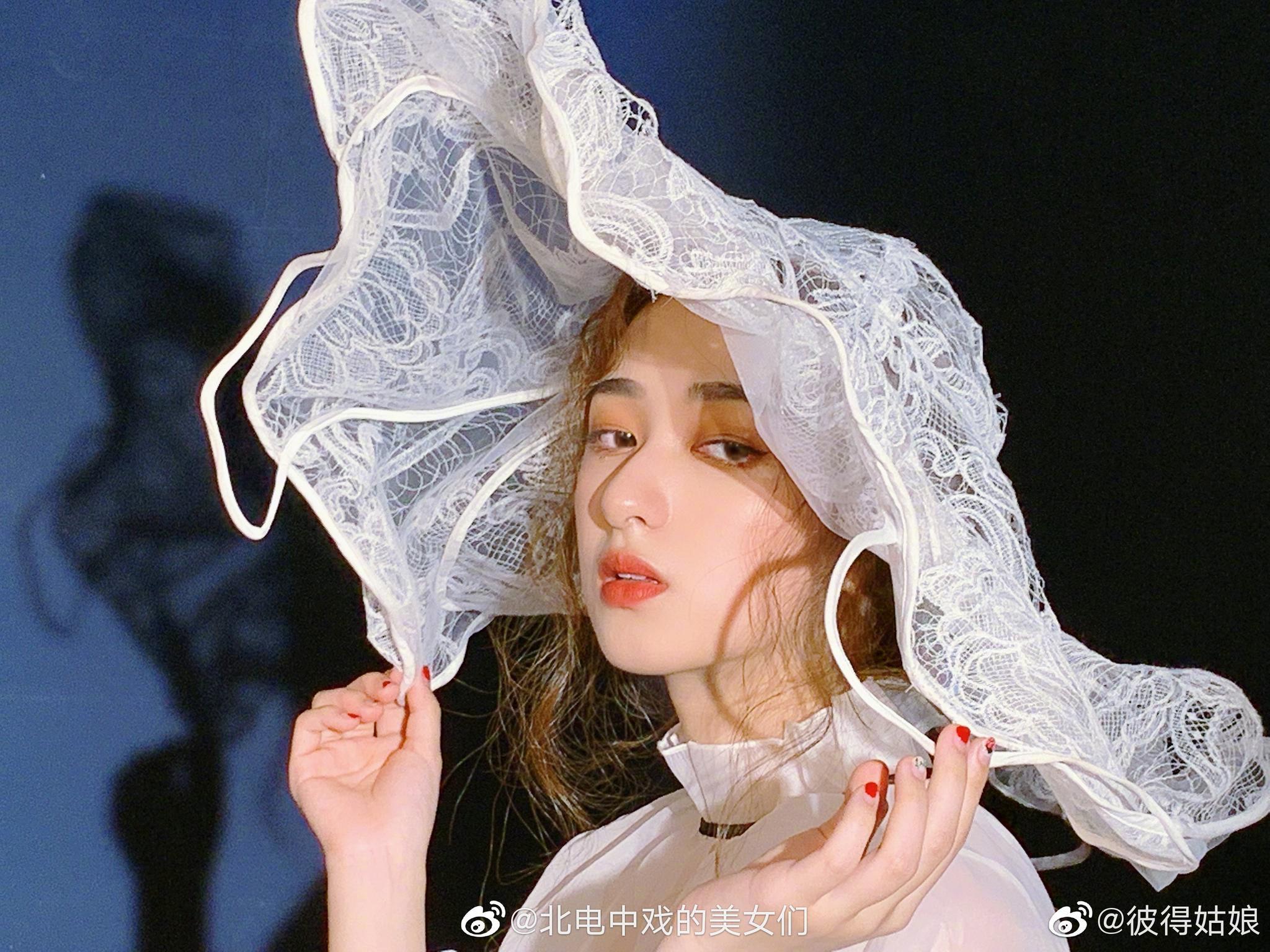 中央戏剧学院2019级导演系演出制作专业 来自重庆