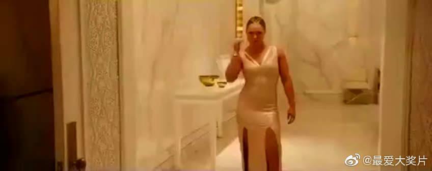 女人打架也疯狂,永恒经典《速度与激情7》精彩片段,致敬保罗沃克