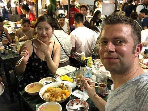 泰国禁止宰客的夜市,游客可以放心玩耍,当地政府不定期检查