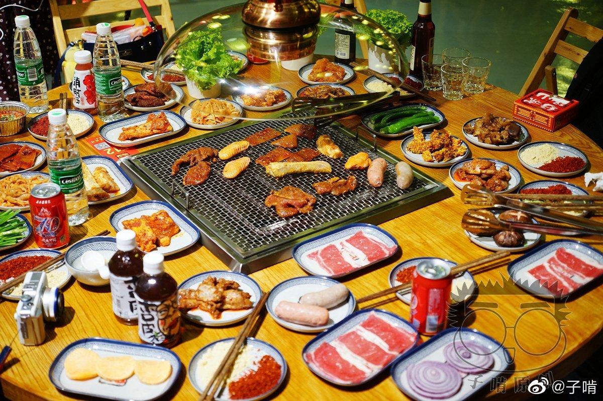 凤城三路发现了一家不错的自助烧烤店,凉山好汉自助烧烤
