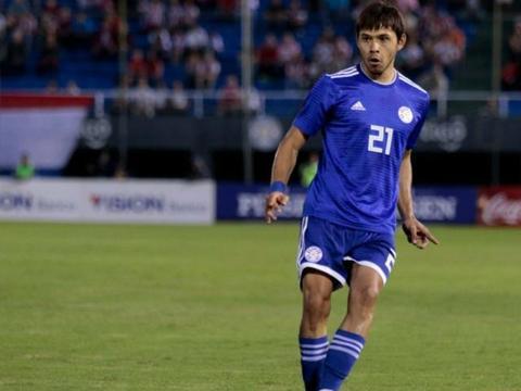 由于巴拉圭晋级到美洲杯淘汰赛,所以申花外援罗梅罗推迟归队时间