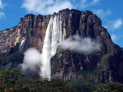 """最大的""""海底瀑布"""",水流落差3500米,这一奇观无人能看"""