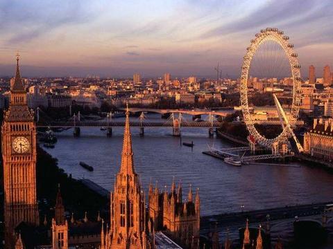 全球唯一可旋转的大桥,设计者获2.8亿奖金,通行3天却被停用?