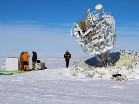 从南极洲喷出的神秘粒子是否会改变现有的物理学?