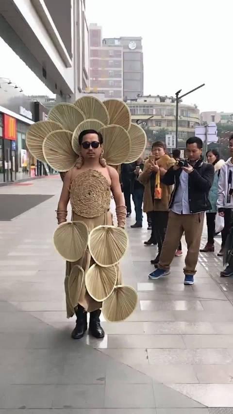 真正的时尚大师!
