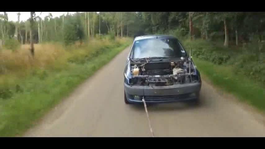 汽车发动机拆掉气缸盖,再拉着汽车跑,活塞原来会飞出来