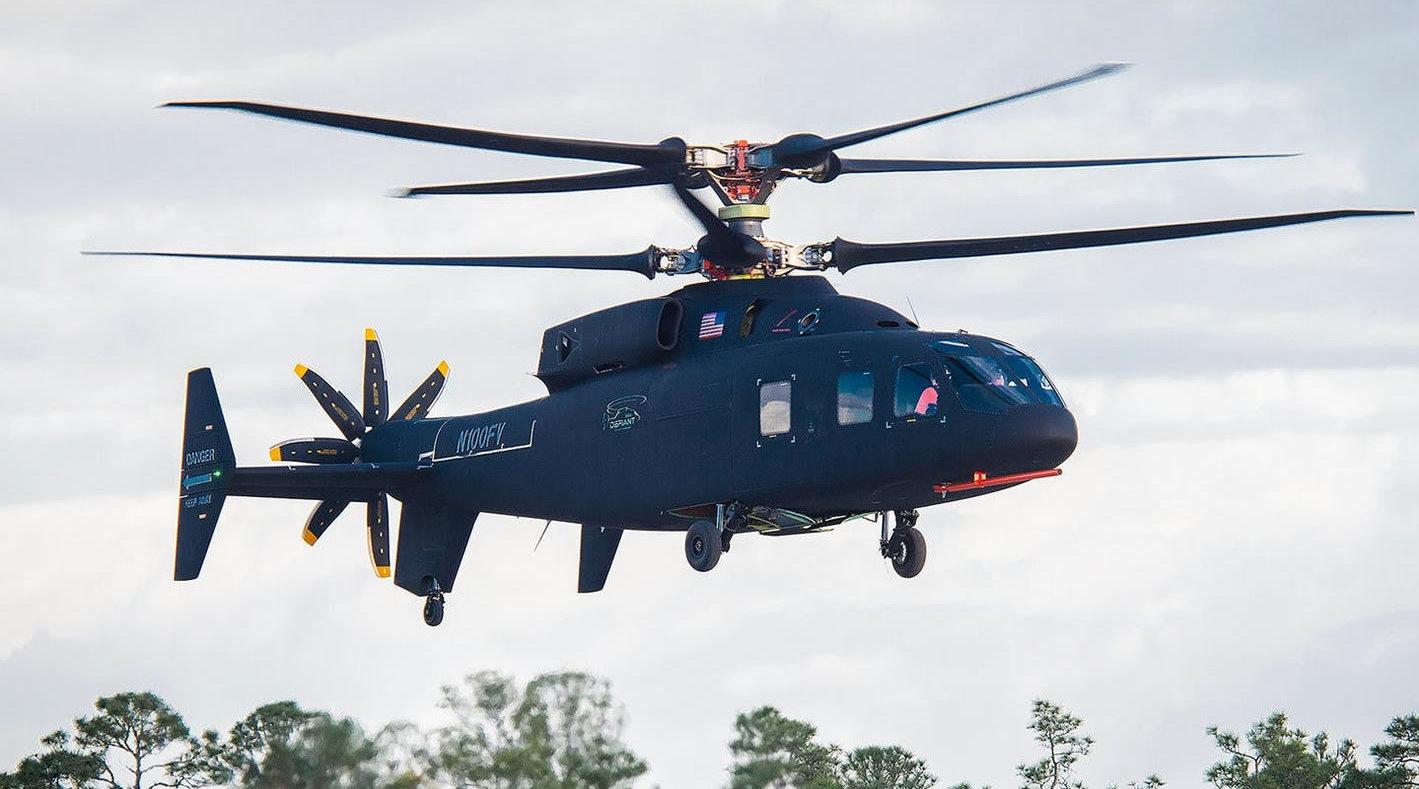 波音公司与美国西科斯基公司联合研制的SB-1共轴双旋翼复合直升机首飞