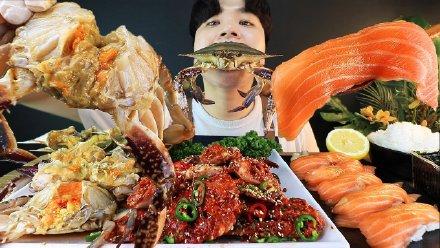 韩国吃播声控!酱螃蟹 大闸蟹 生三文鱼寿司,要多过瘾就多过瘾