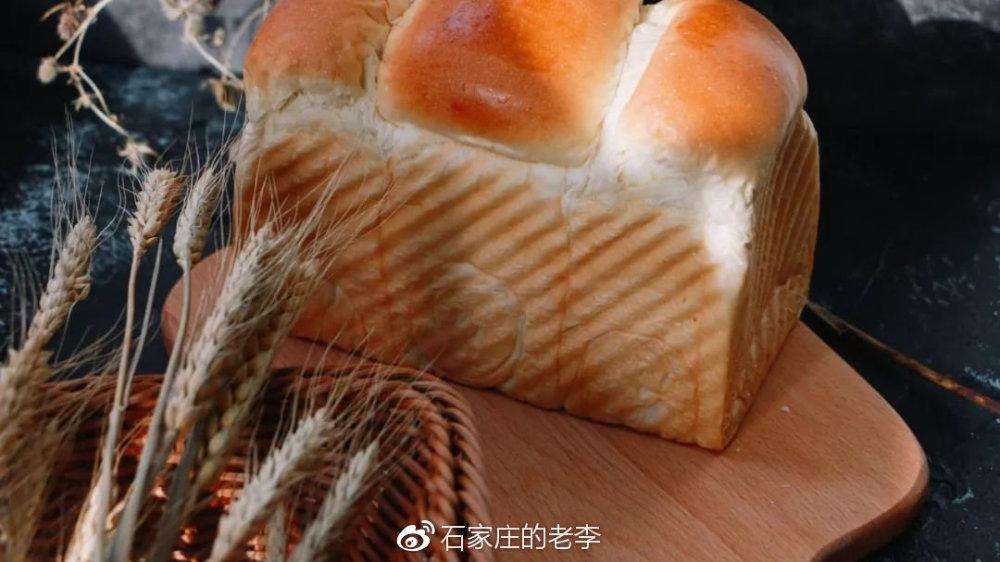 """北国又火了!天天""""被骂""""竟全是五星好评的面包店!太难买想吃全靠抢"""