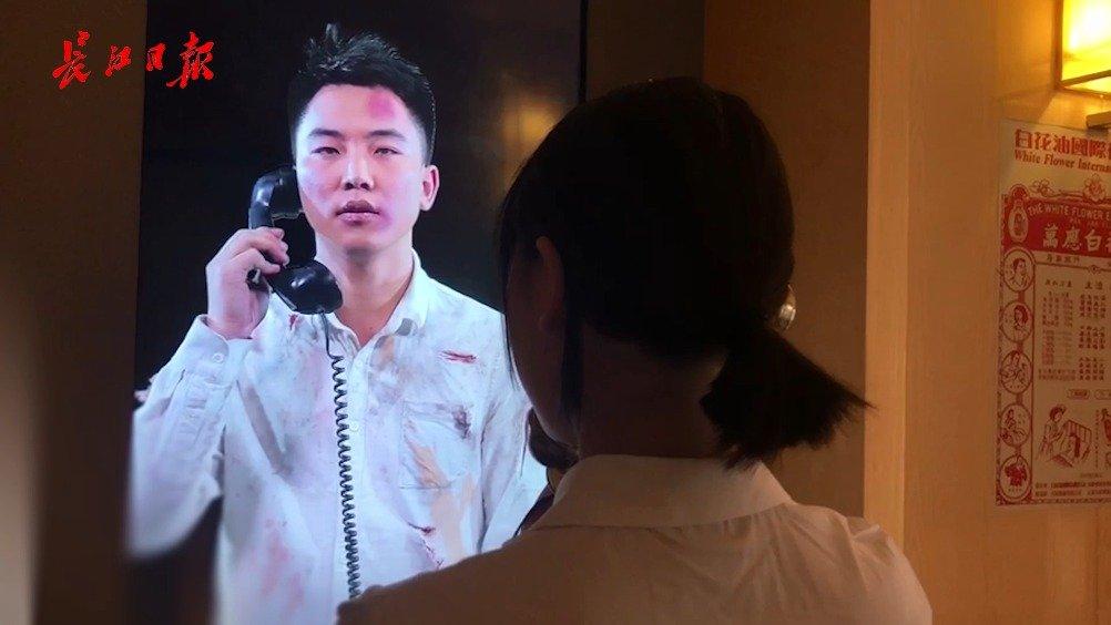 喂?我刚接到100年前鲁迅、李大钊打来的电话