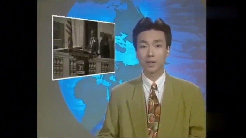 12月13日,央视新闻晒出一段康辉20年前的视频,并配文