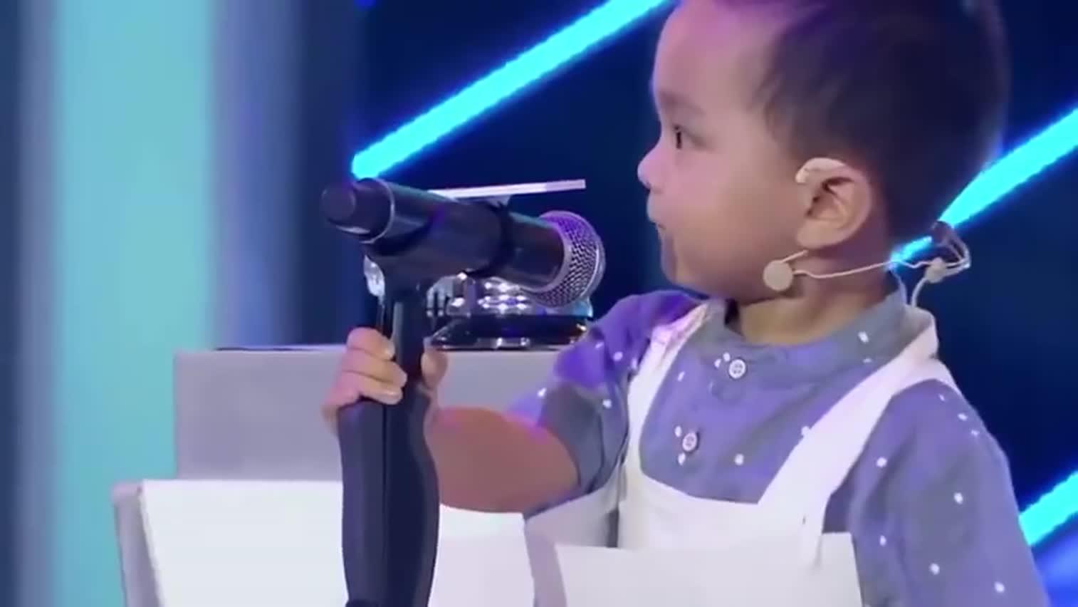 知道什么是神童吗?请看L三岁小神童王恒屹挑战听歌识曲, 震惊主持人