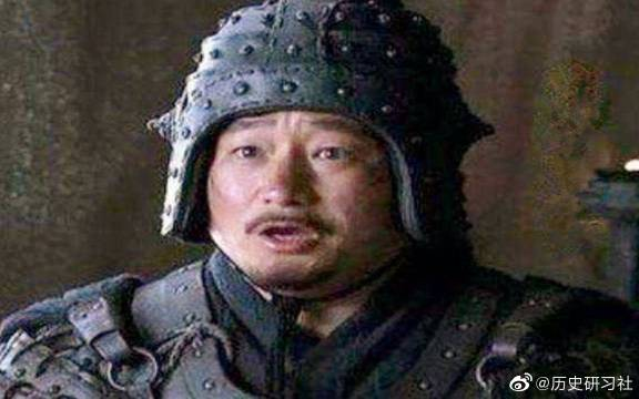 此人不仅资助刘备钱财,还将妹妹许配给他,为何最终被刘备活剐?
