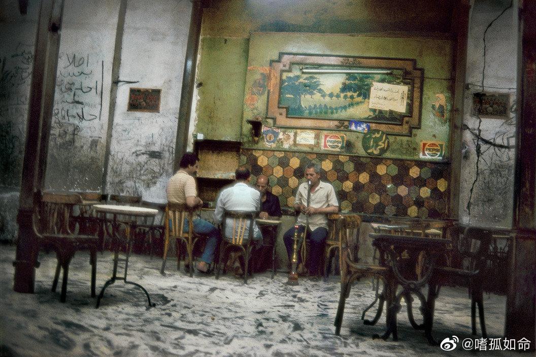 埃及斋月 1988-1990  | 摄影师Harry Gruyaert