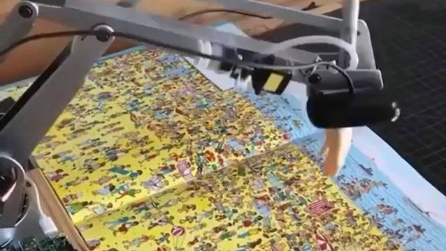 人工智能机器人通过面部识别技术四秒钟找到目标