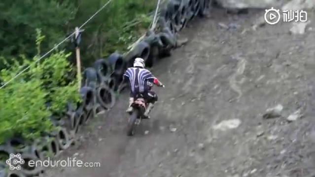 世界上最艰难的摩托车爬坡赛道
